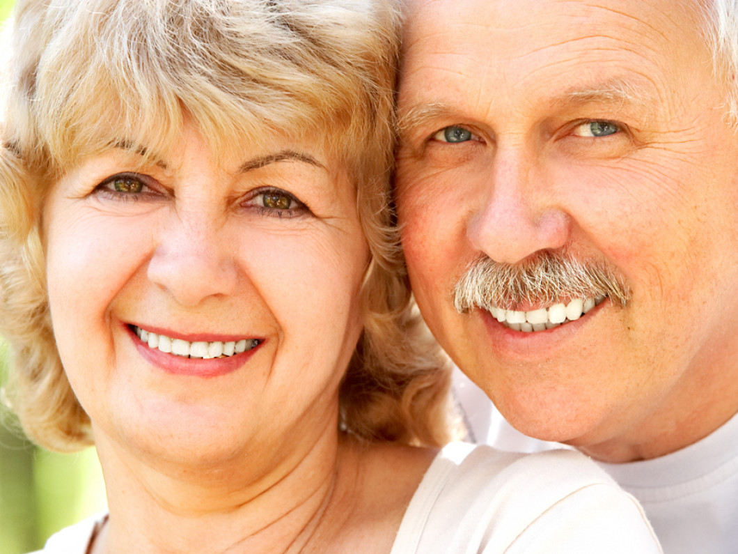 3 benefits of wearing dentures